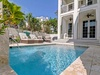 Private Pool - Plenty of Loungers