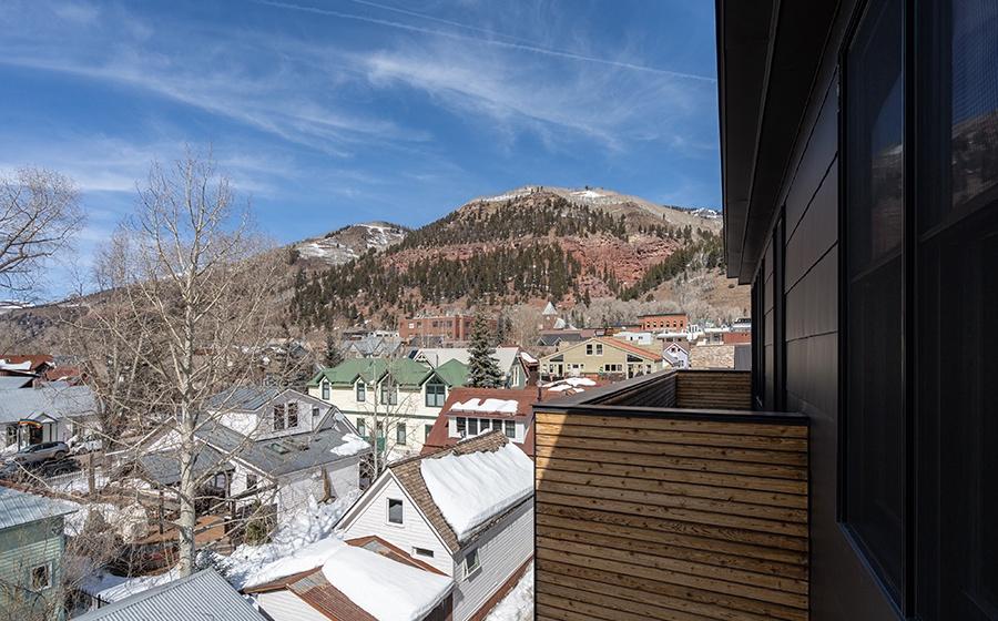 22-Telluride-Transfer-Penthouse-Balcony-View