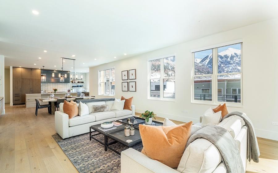 2.5-Telluride-Transfer-Penthouse-living-area