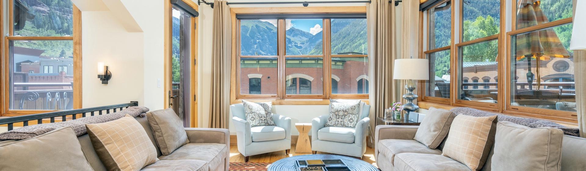 1-Telluride-Pine-Street-Penthouse-A-Living-Room