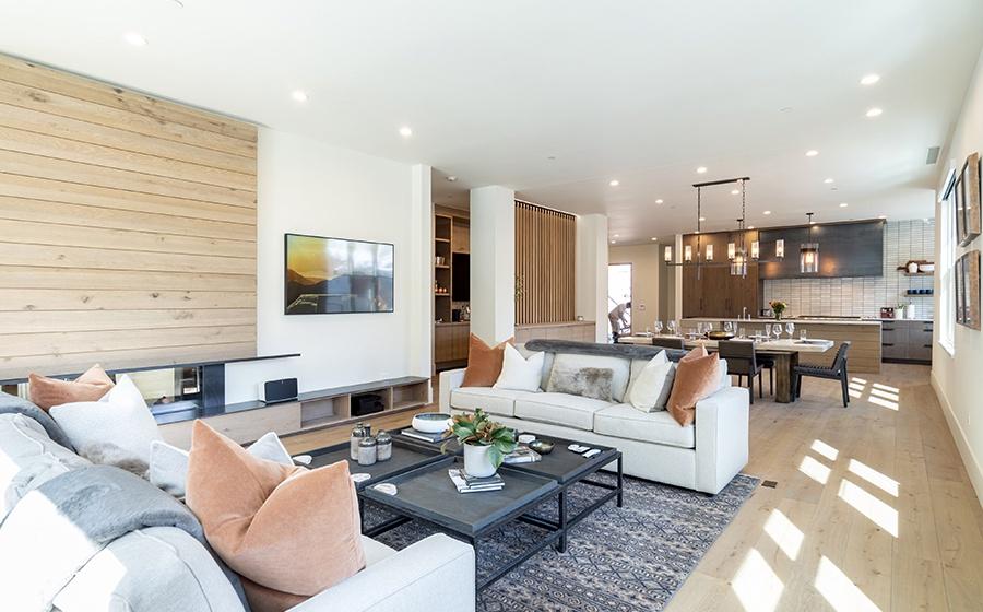 2-Telluride-Transfer-penthouse-Living-Area