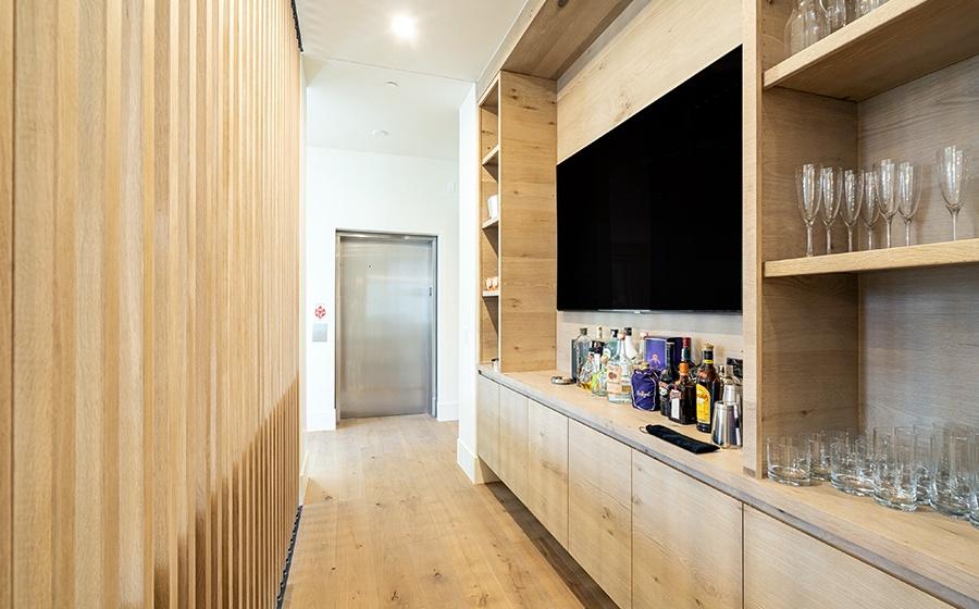 10-Telluride-Transfer-Penthouse-Wet-Bar-Elevator