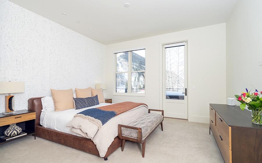 18-Telluride-Transfer-Penthouse-Guest-Bedroom-3