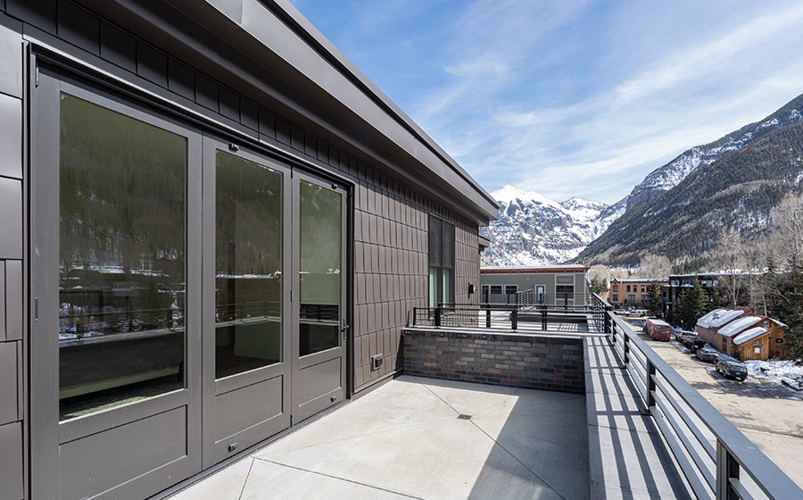 24-Telluride-Transfer-Penthouse-Rooftop-Deck