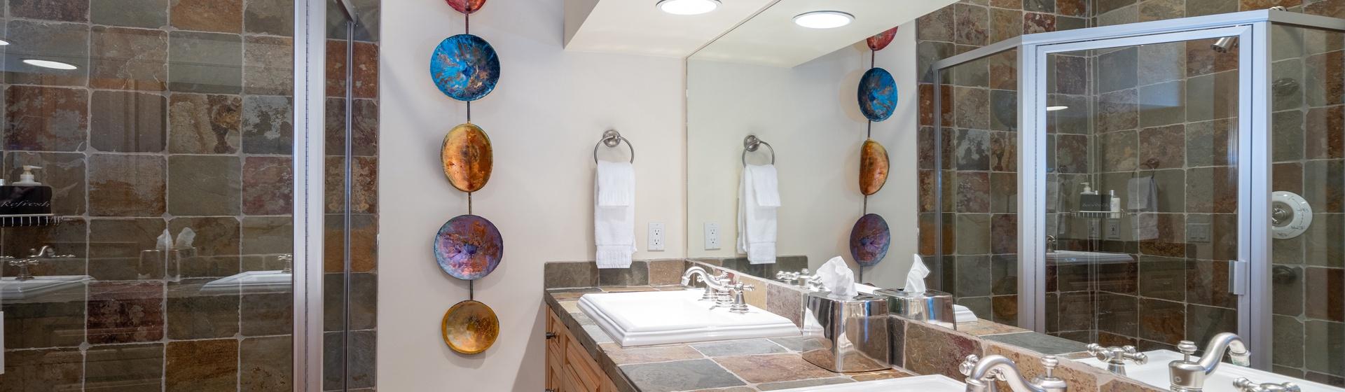 11-Telluride-Pine-Street-Penthouse-A-Guest-Bath-1