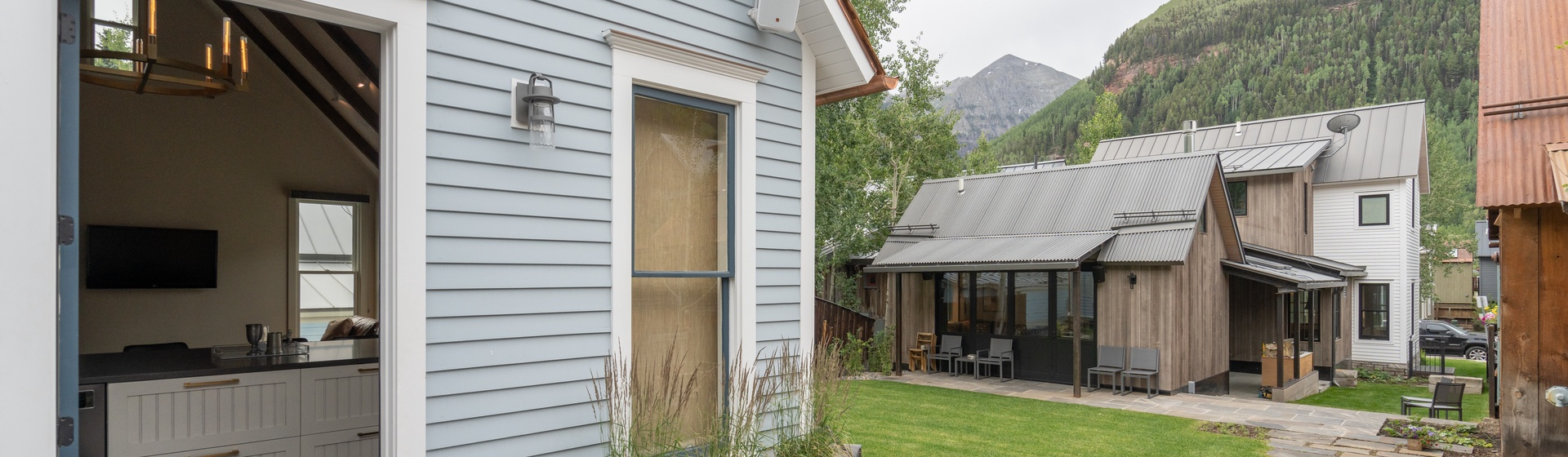 35-Telluride-Vacation-Rental-Cloud-Nine-Cottage-Front-Patio