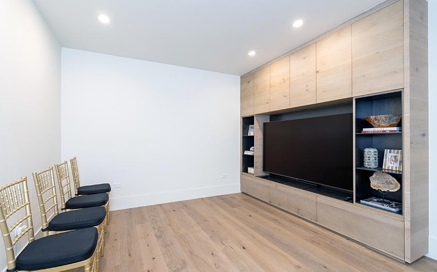 20-Telluride-Transfer-Penthouse-Tv-Room