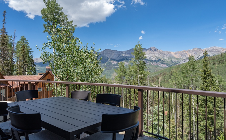 12-Mountain-Village-Birch-Cassidy-outdoor-seating-area
