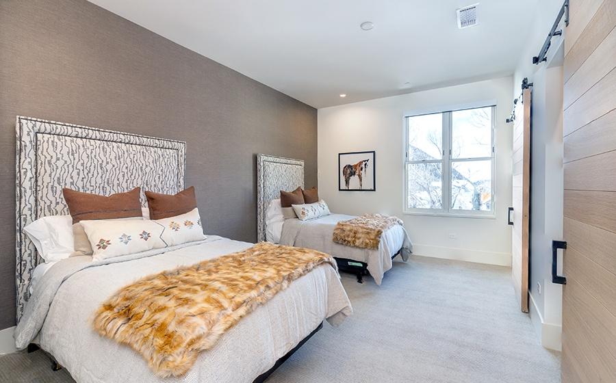 16-Telluride-Transfer-Penthouse-Guest-Bedroom-2