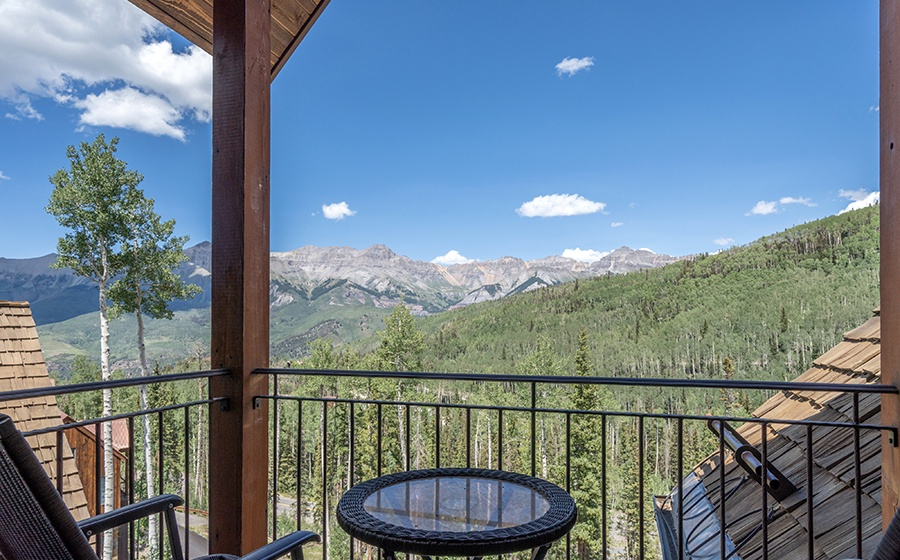 18-Mountain-Village-Birch-Cassidy-Primary-Balcony