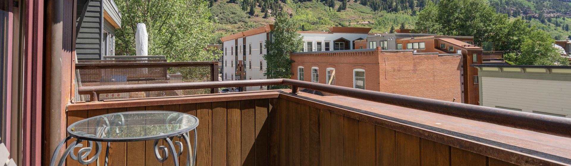 9.5-Telluride-Pine-Street-Penthouse-A-Balcony