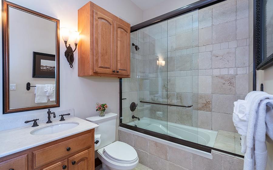 26-Mountain-Village-Birch-Cassidy-Guest-Bathroom-3