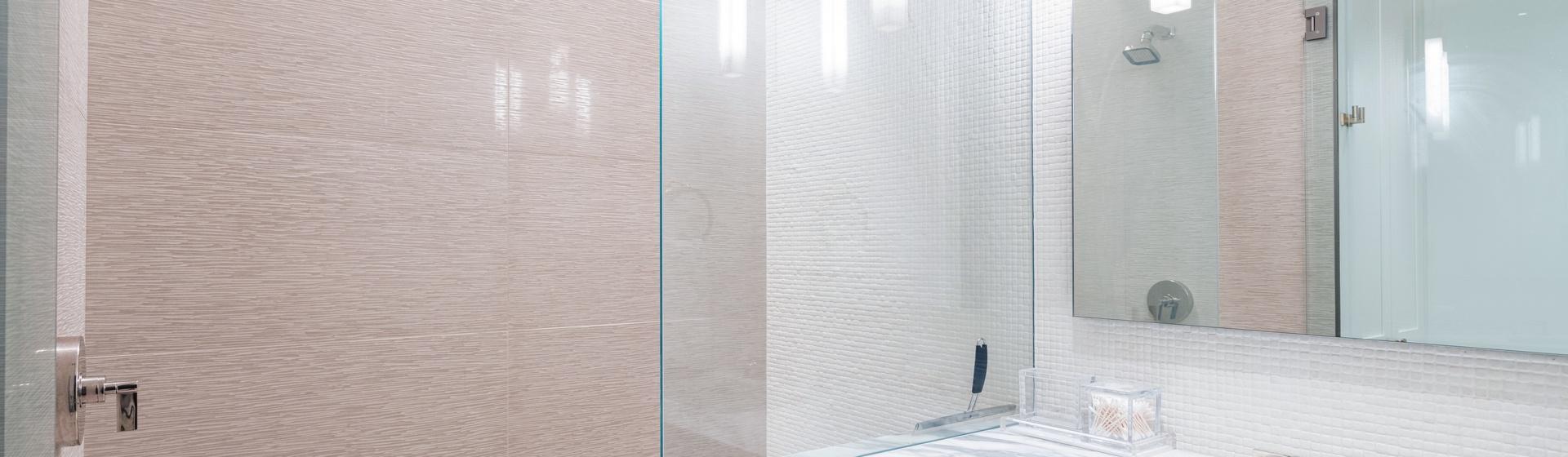 27-Telluride-Vacation-Rental-Cloud-Nine-Guest-Bathroom-2