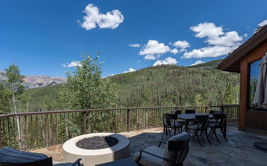14-Mountain-Village-Outdoor-Deck-Fire-Pit-2