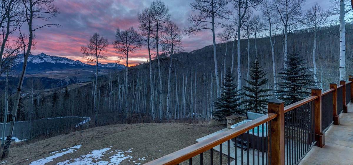 8.5-Telluride-Grand-Vista-Deck-View-LR.jpg