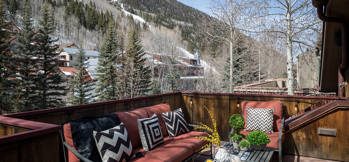 Telluride-River-Bliss-Master-Patio-Ski-Resort-View-v12.jpg