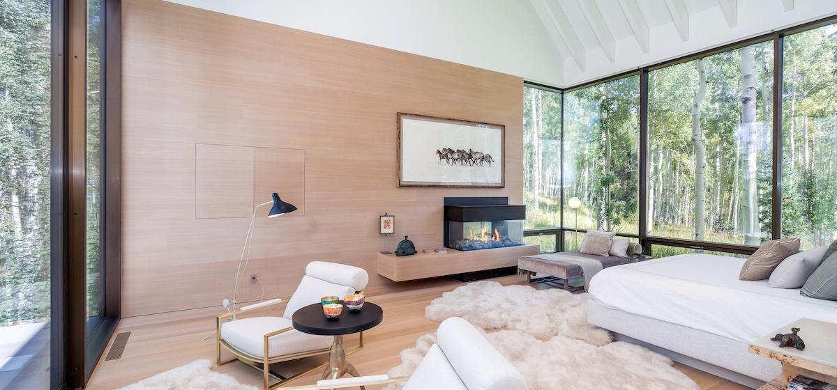 2.02-telluride-mountain-masterpiece-master-bedroom-1b-V12.jpg