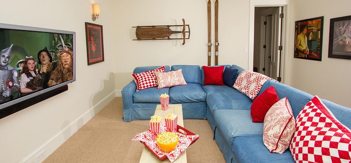 19-Telluride-SpruceHouse-Lounge-V12.jpg