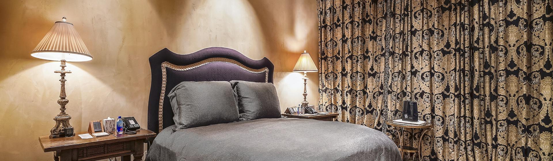 5.2-Telluride-Sleeping-Indian-Ranch-east-wing-suite-bedroom-a-web.JPG