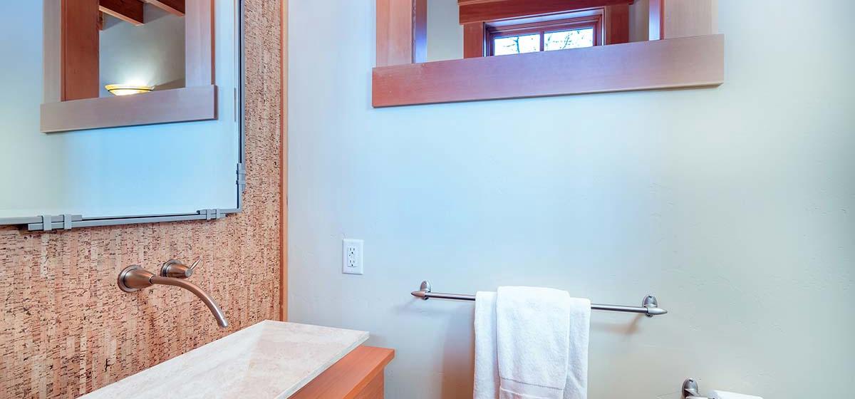 10.5-Telluride-Grand-Vista-Powder-Room-LR.jpg