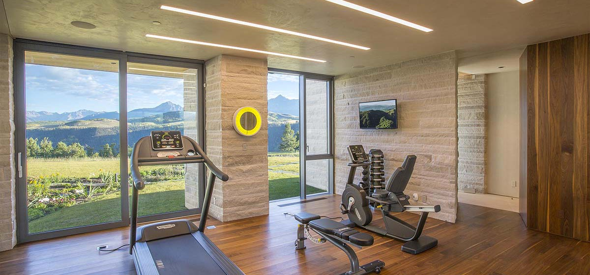 58-RemoteTelluride-SunsetRidge-Gym.jpg