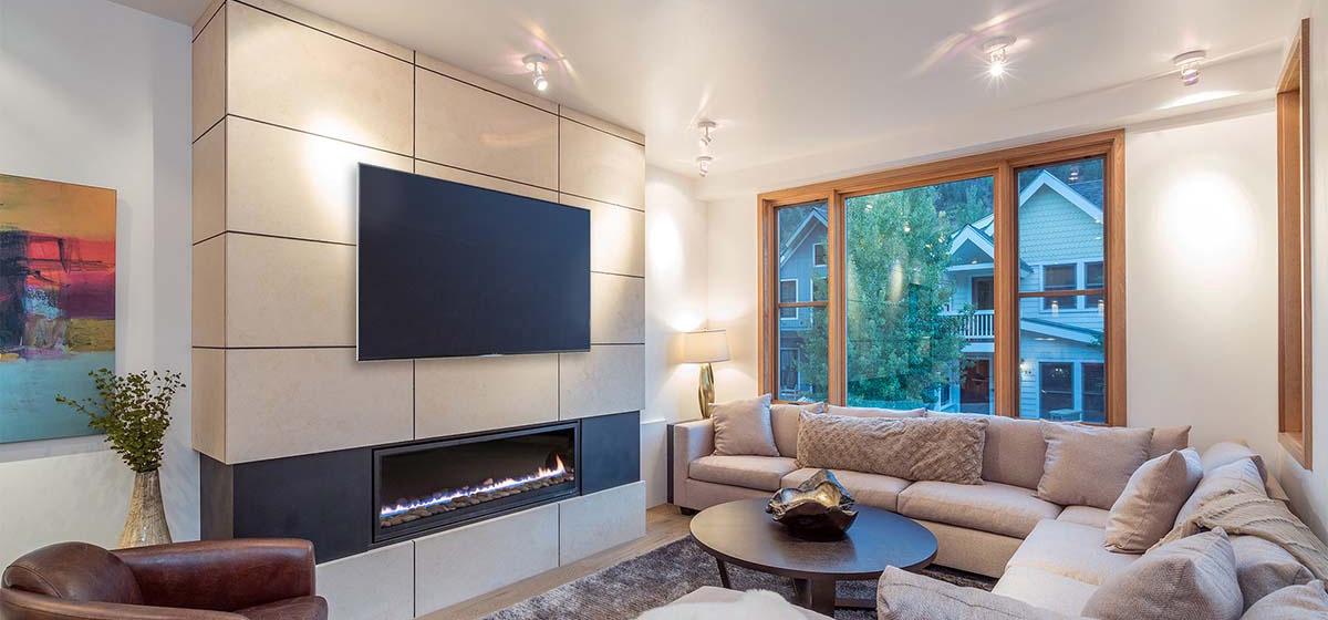 4-Telluride-Ironwood-Livingroom2-V12.jpg