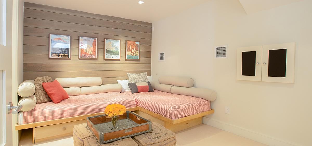 18-Telluride-Meribel-Penthouse-Flex-Room-v12.jpg
