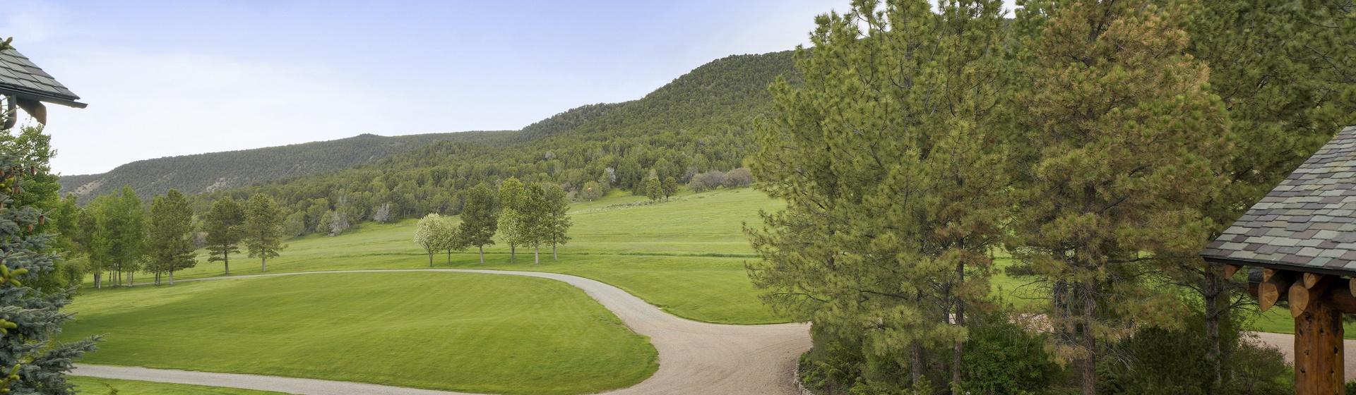 13.8-Telluride-Sleeping-Indian-Ranch-view-2-web.JPG