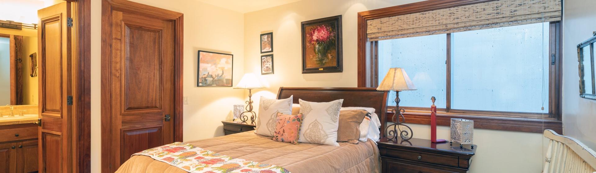 2.06-telluride-tres-casas-B-guest-bedroom-web.jpg