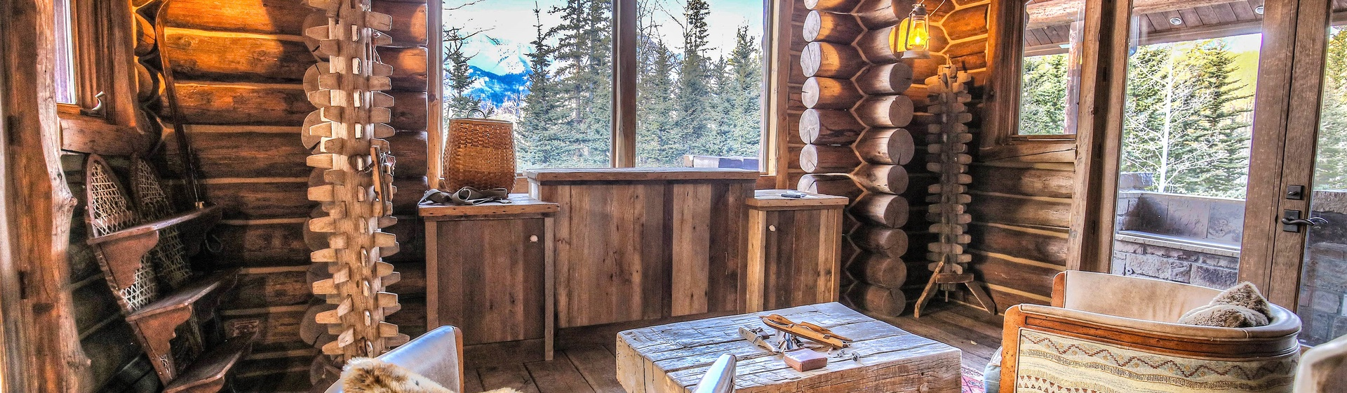 44-Telluride-Castlewood-Sitting-Area-with-View-Angle-Web.jpg