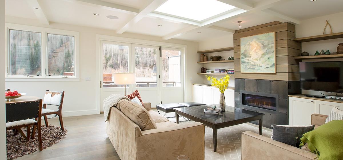 1-Telluride-Meribel-Penthouse-Living-Room-v12.jpg