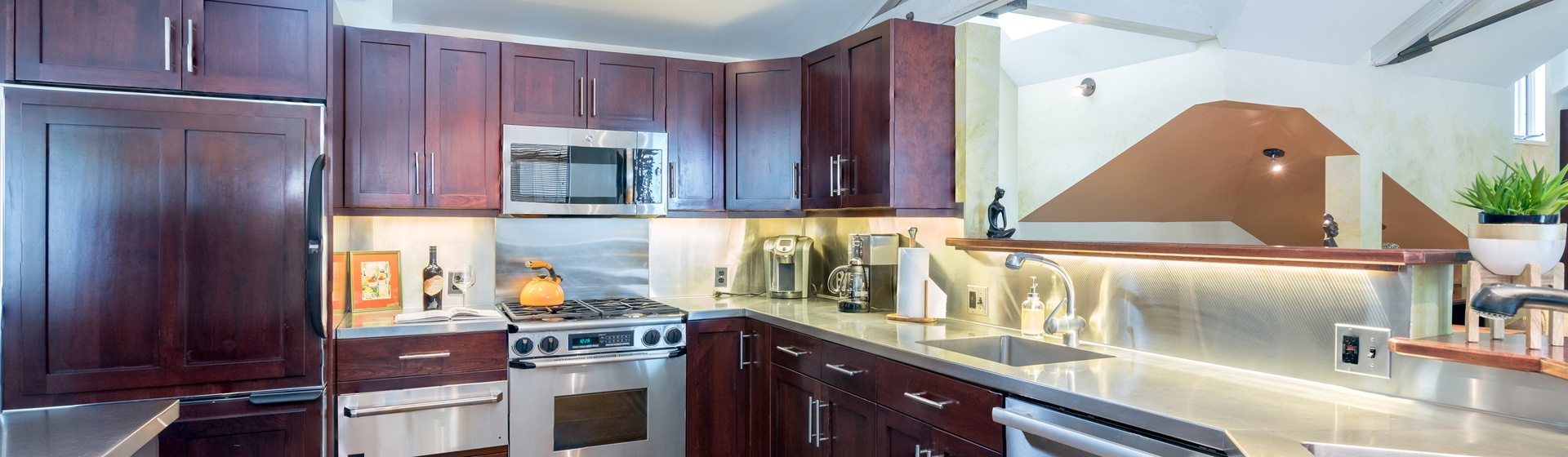 7-Telluride-Ajax-Kitchen-Interior-Web.jpg