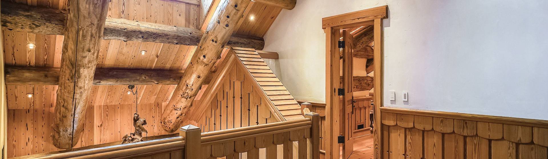 9.12-Telluride-Sleeping-Indian-Ranch-Swiss-Suite-Loft-Sitting-Area-2-web.JPG