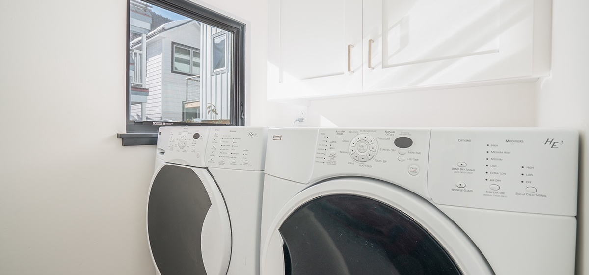 20-Telluride-Telluride_s-Peak-Laundry-LR.jpg