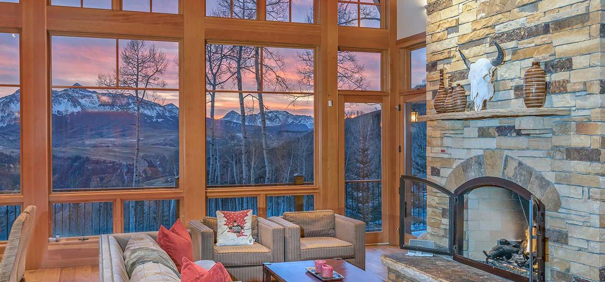 8-Telluride-Grand-Vista-Living-View-LR.jpg