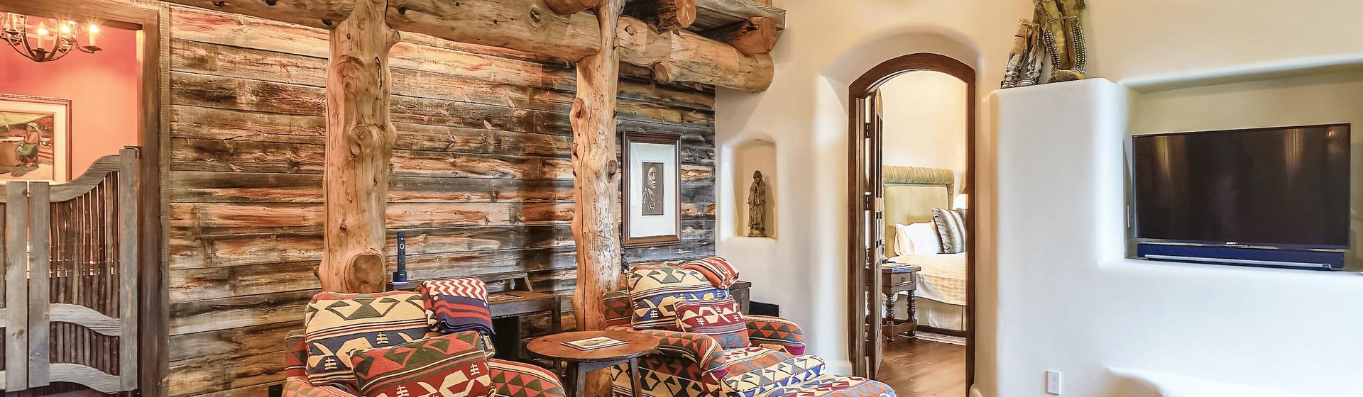 8.3-Telluride-Sleeping-Indian-Ranch-Southwest-Suite-Sitting-Area-2-web.JPG