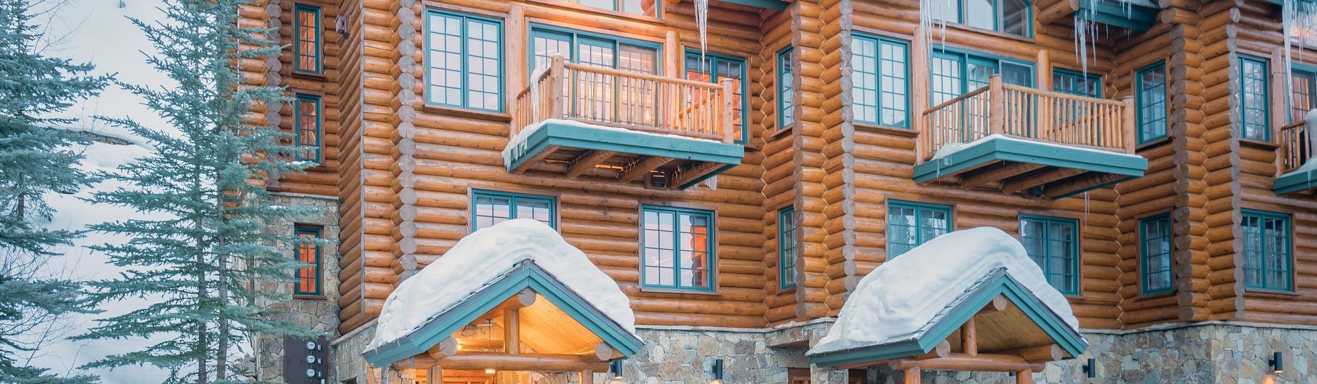 2-Telluride-Skiside-at-Sundance-Exterior.JPG