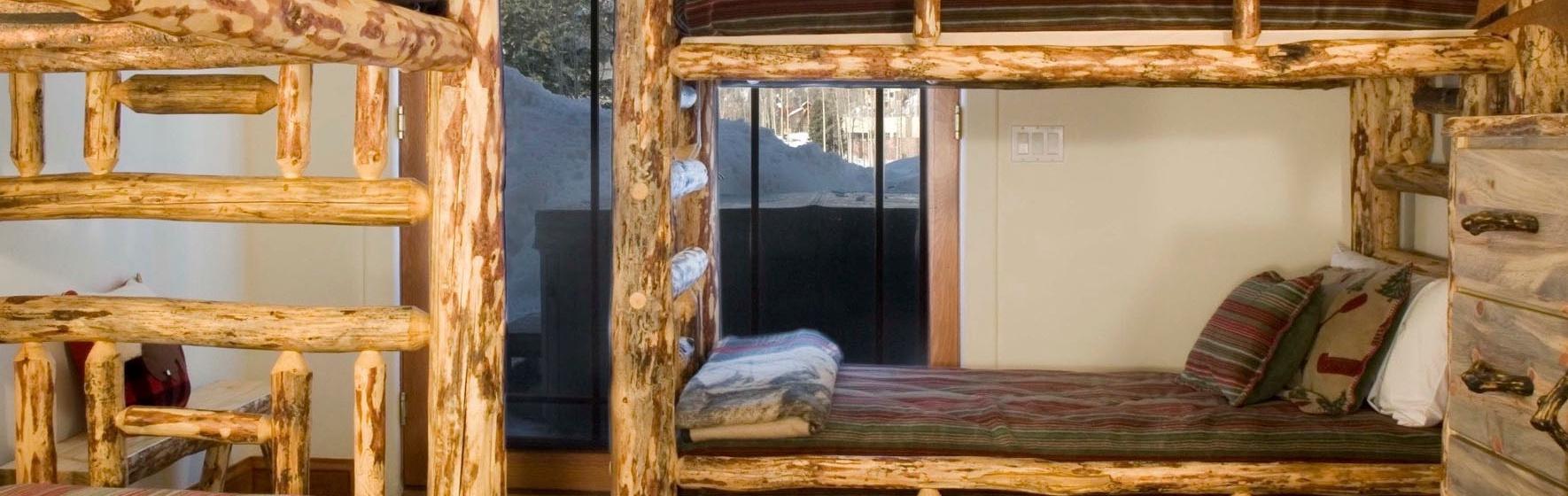 15-MountainVillage-PineMeadows138-BunkRoom-V12.jpg