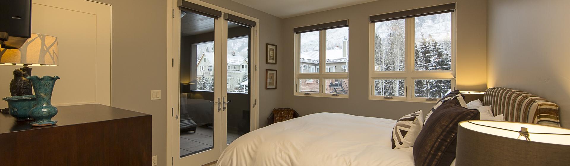 28-Telluride-Trulux-Penthouse-MasterBedroom2.jpg