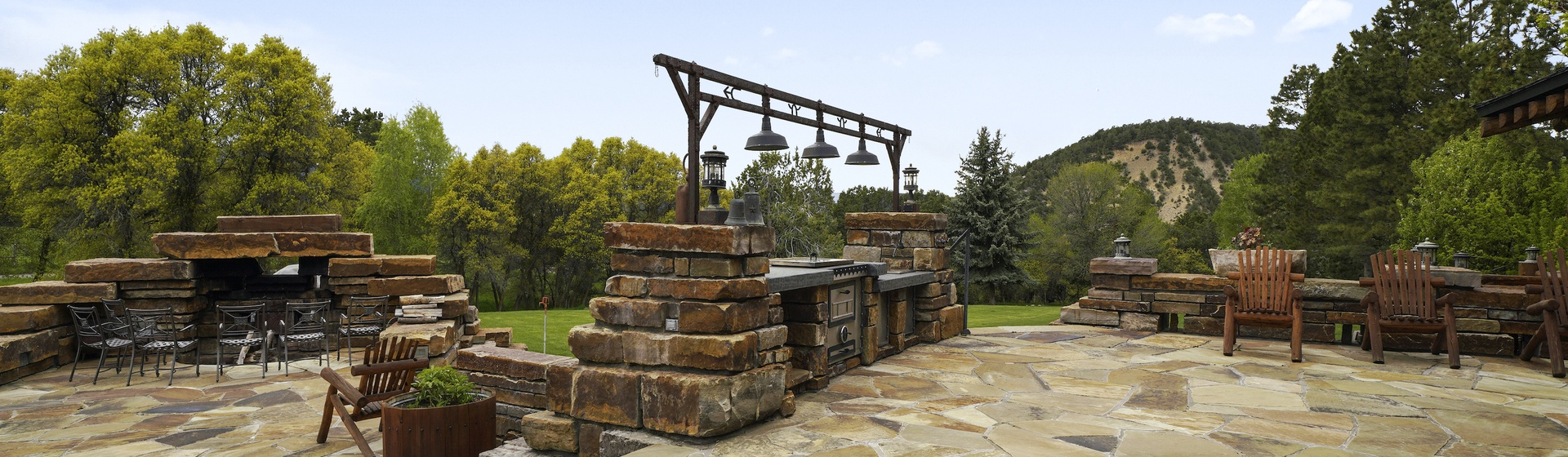 12.2-Telluride-Sleeping-Indian-Ranch-stone-terrace-grilling-station-2-web.JPG