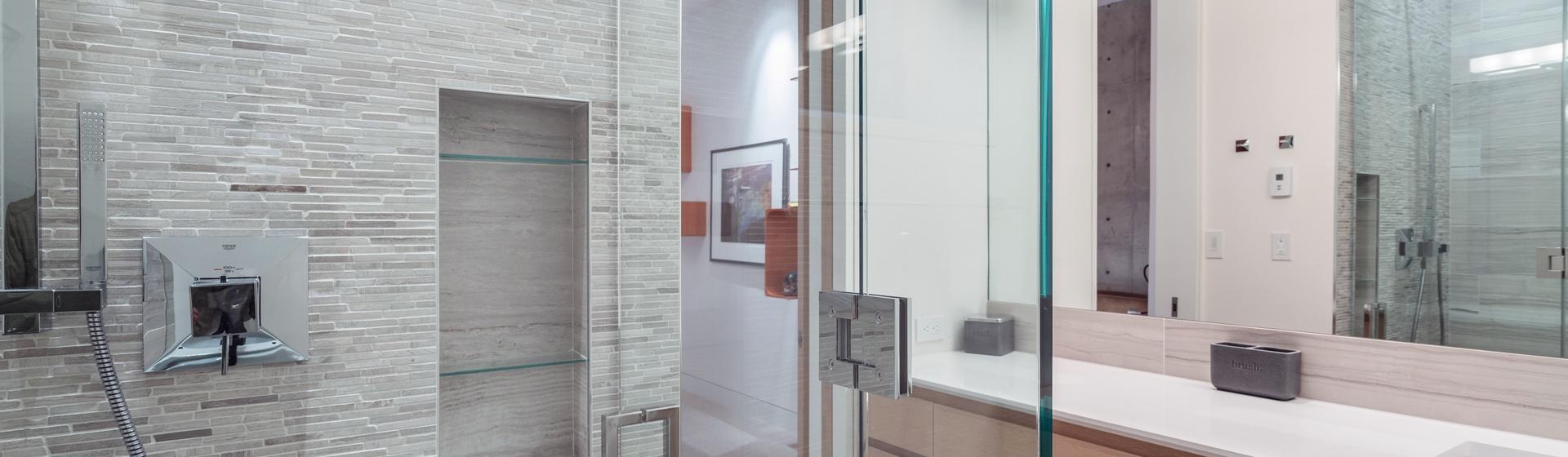 29-Telluride-The-Sunnyside-Downstairs-2-Full-Guest-Bathroom-Web.jpg