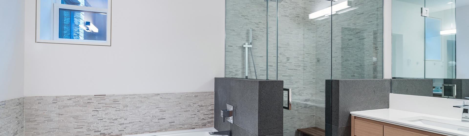 25-Telluride-The-Sunnyside-Two-Full-Bathroom-Web.jpg