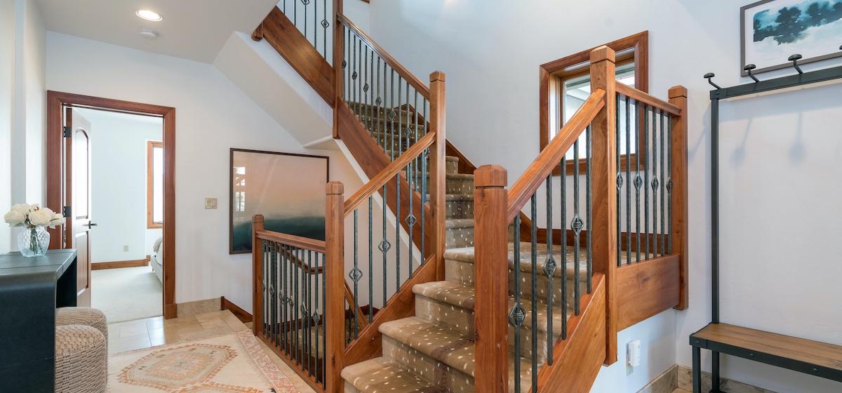 10-Telluride-Aspen-Overlook-Stair-v12.jpg