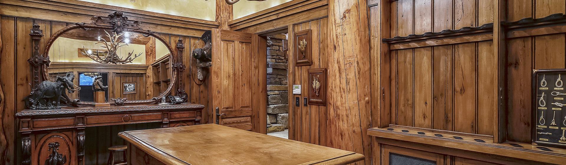 3.4-Telluride-Sleeping-Indian-Ranch-gun-room-2-web.JPG