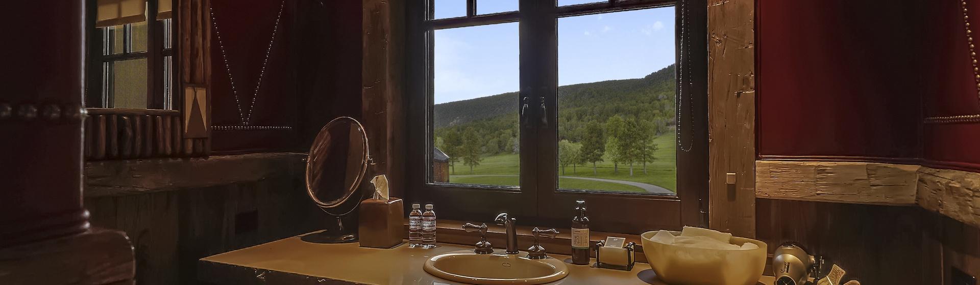 7.2-Telluride-Sleeping-Indian-Ranch-master-bathroom-C-web.JPG
