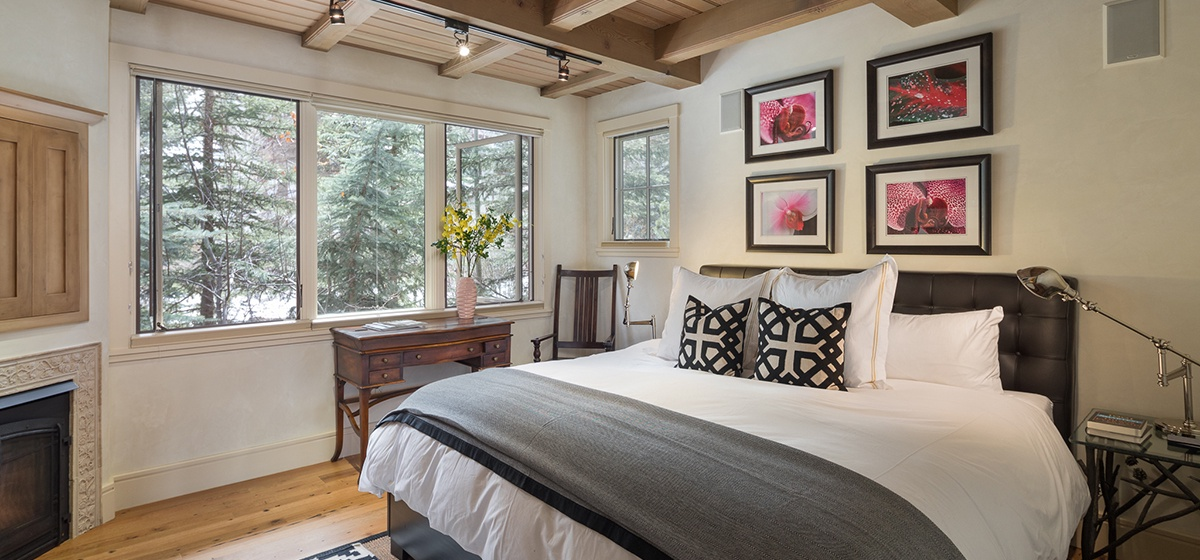 27-Telluride-River-Bliss-Second-Master-Bedroom-v12.jpg