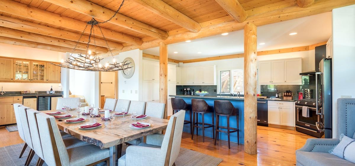 3.03-mountain-village-mountain-melody-kitchen-dining-V12.jpg