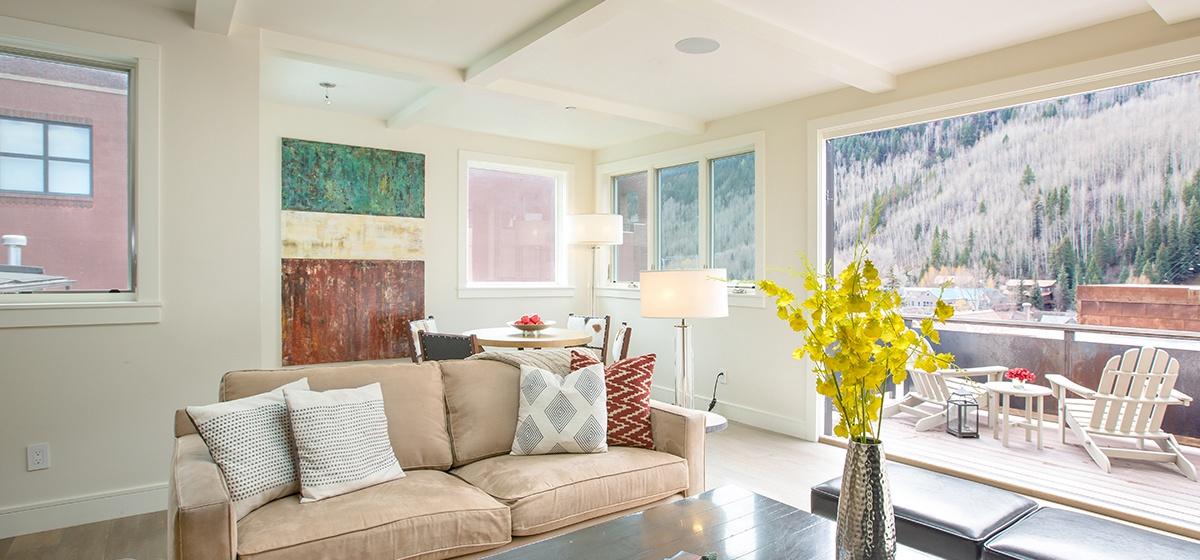 2-Telluride-Meribel-Penthouse-Living-to-Breakast-Table-v12.jpg