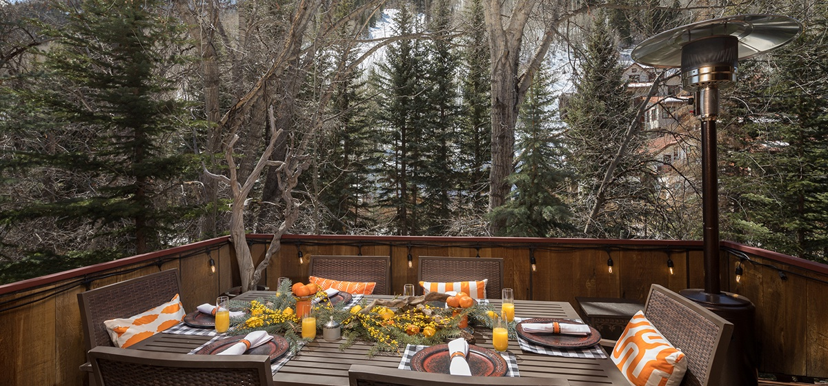 Telluride-River-Bliss-Al-Fresco-Dining-v12.jpg