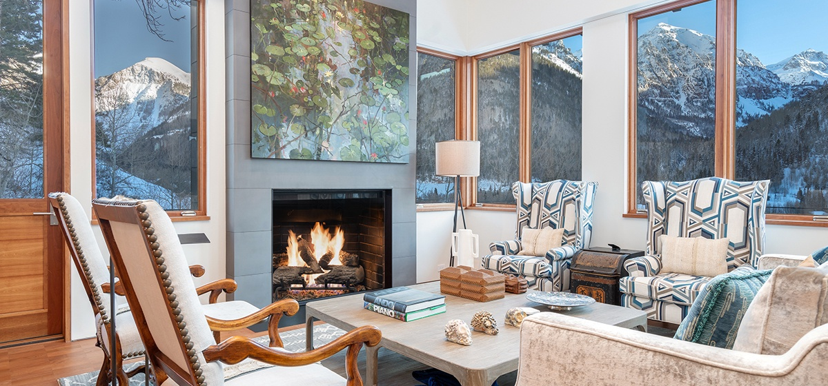 11-Telluride-Happy-Thoughts-Sitting-Fireplace-v12.jpg